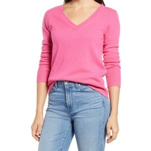 Halogen 100% Cashmere V-neck Sweater in Pink Shock